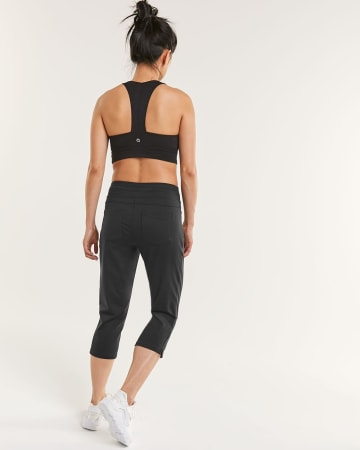 Urban Capri Pants Hyba