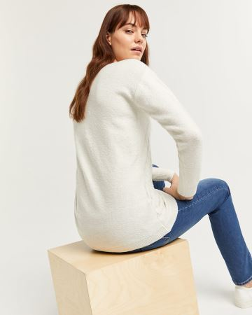 Long Sleeve Sweater with Diagonal Stitches Smart Set