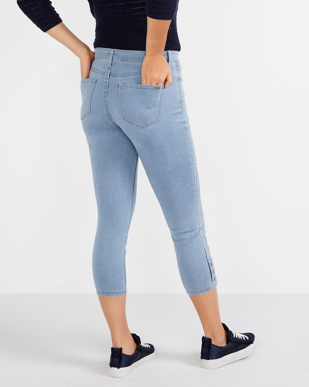 The Petite Signature Soft Capris with Snaps