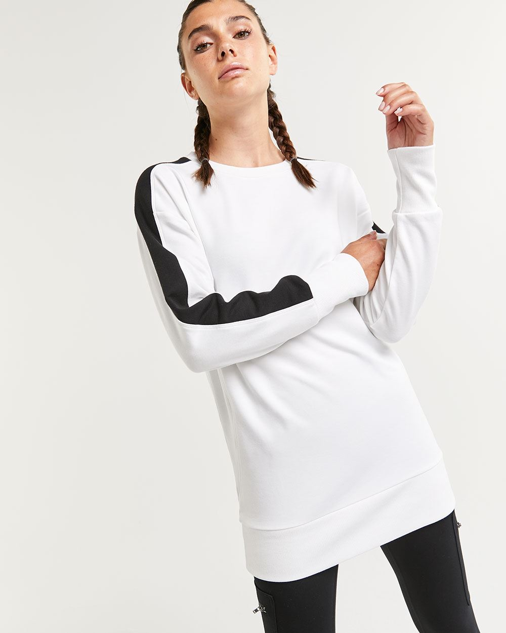 Colorblock Long Sleeve French Terry Sweater Hyba