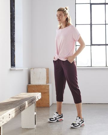 Slim Capri Pants with Shirring Hyba
