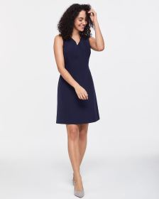 Willow & Thread Sleeveless Sheath Dress