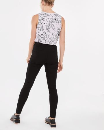 The Petite Iconic Leggings