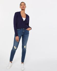 The Petite Insider Rip Medium Wash Skinny Jeans