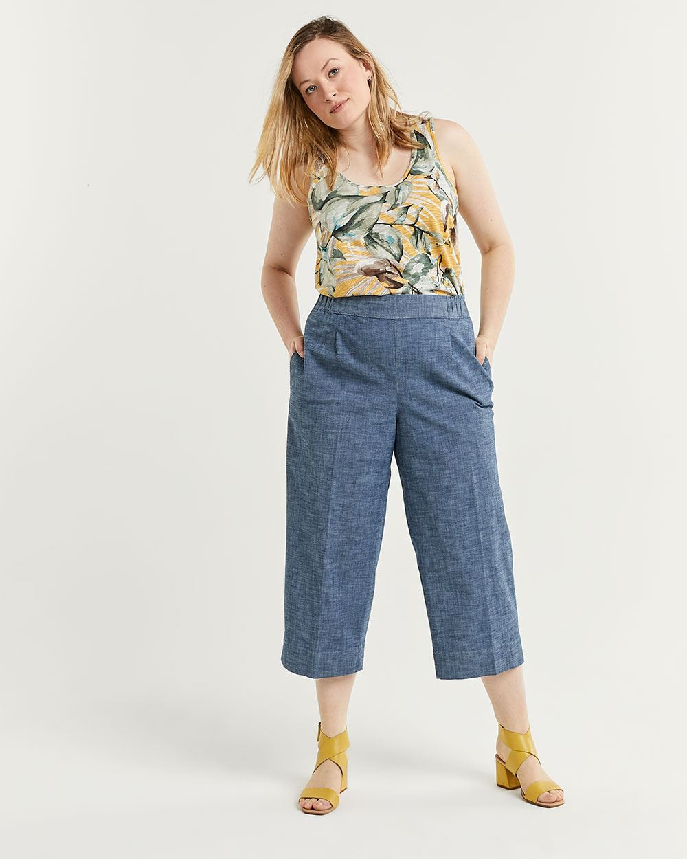 Chambray Wide Cropped Pants