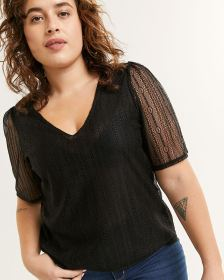 Short Sleeve V-Neck Lace Top