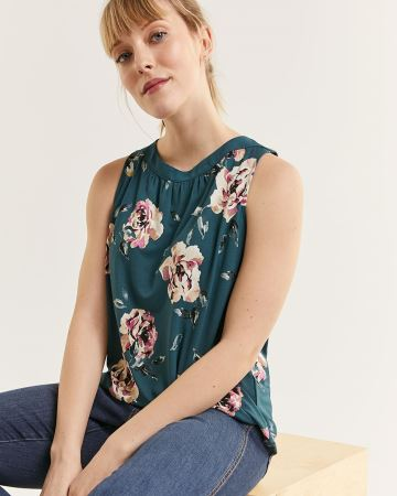 Sleeveless Boat Neck Printed Top