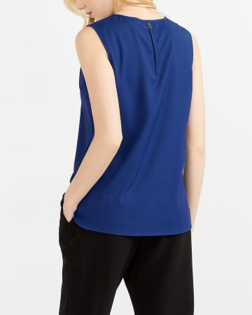 Willow & Thread Sleeveless Blouse
