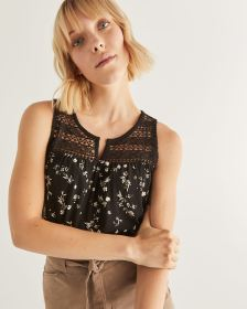 Sleeveless Printed Top with Crochet Yoke