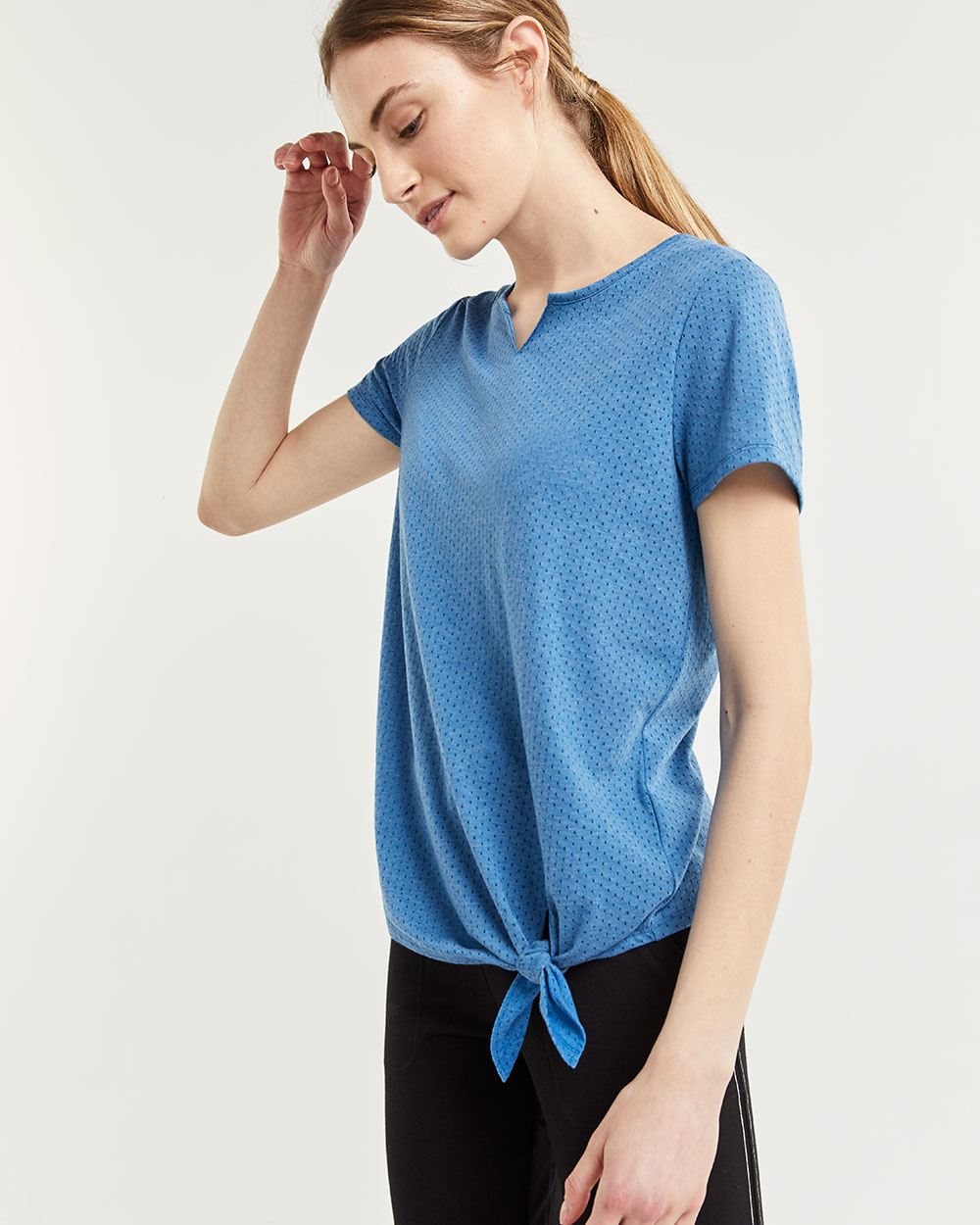 Short Sleeve Tee with Front Knot Hyba