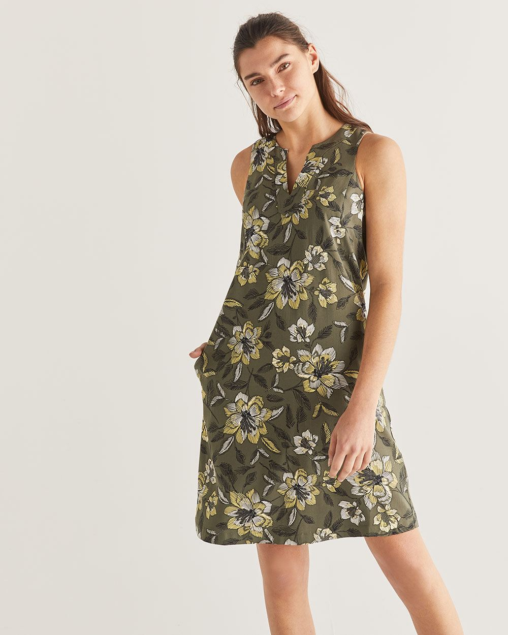Floral Print Split Neck Shift Dress