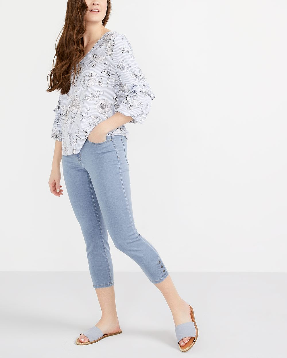 The Signature Soft Cropped Jeans with Snaps