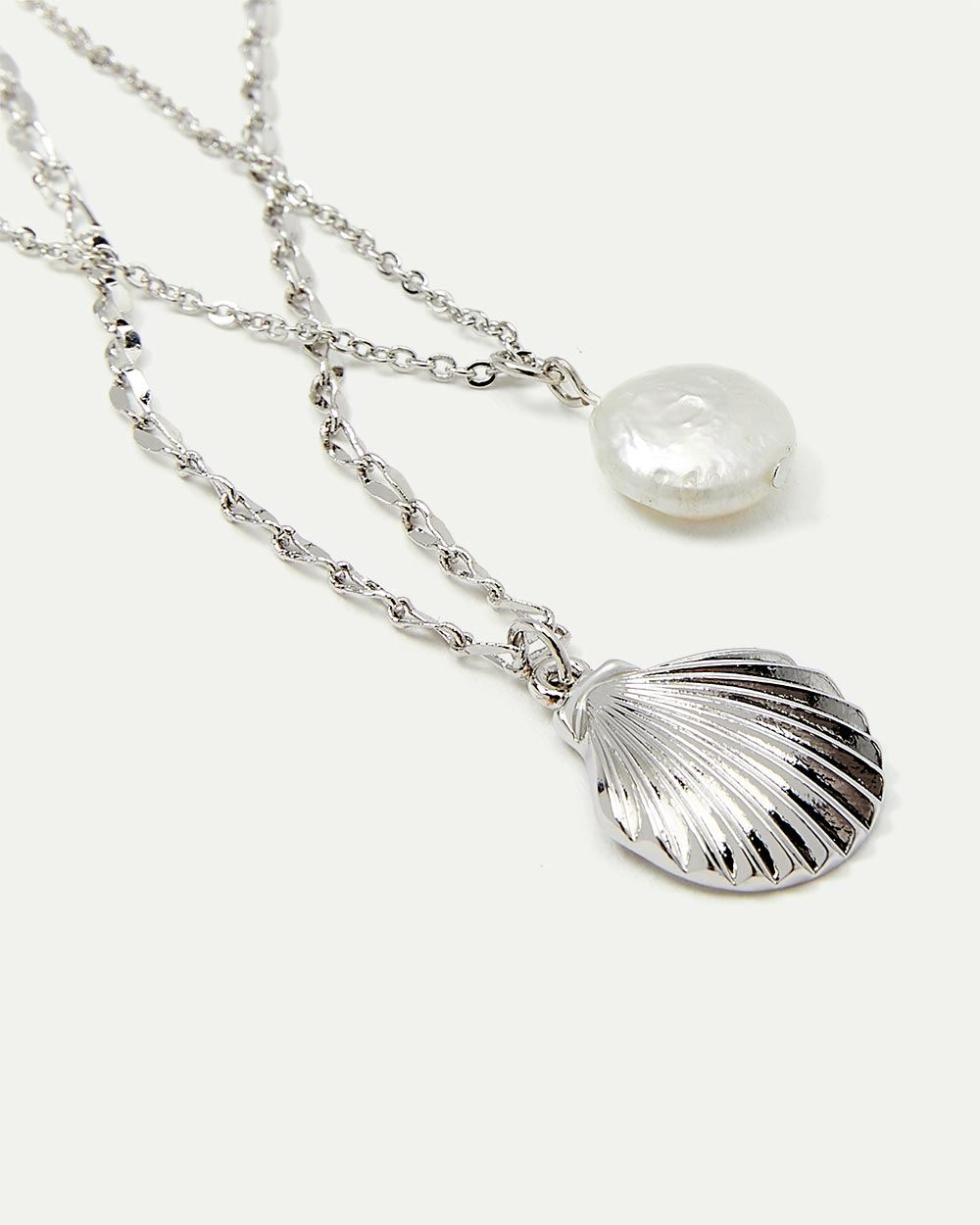 2-Layer Shell and Pearl Pendant Necklace