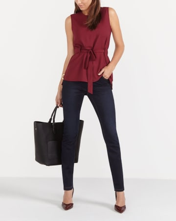 The Petite Signature Soft Skinny Jeans