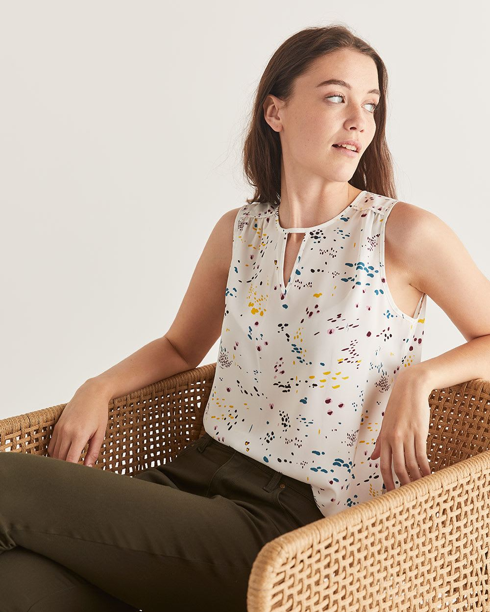 Sleeveless Printed Blouse with Keyhole