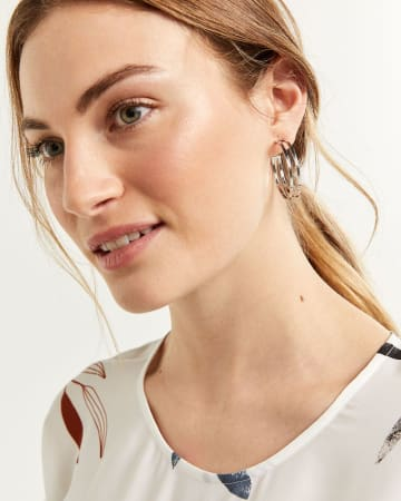 Cutout Detail Hoop Earrings
