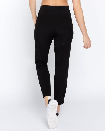 Hyba Solid Woven Pant