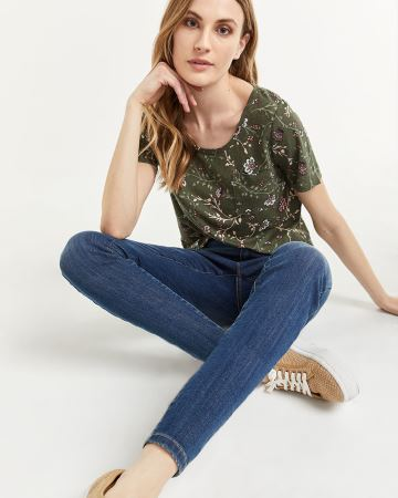 Linen-Blend Printed Tee with Pocket
