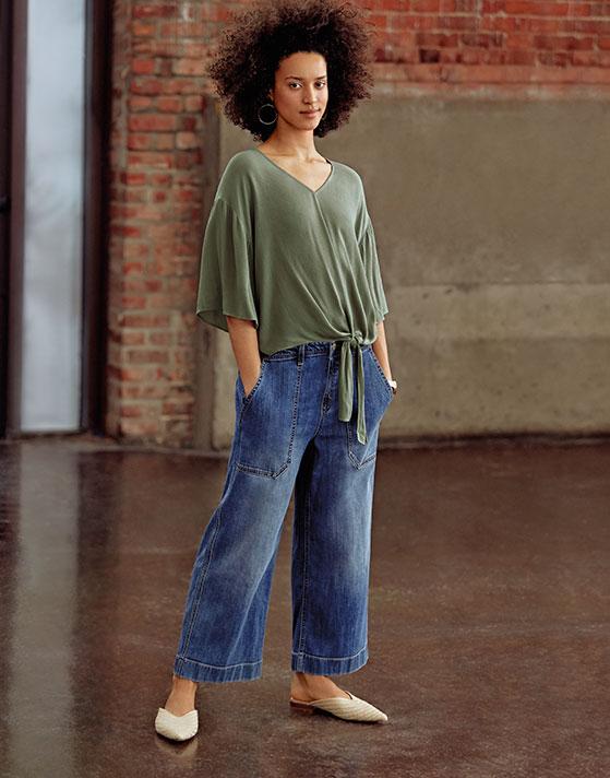 Women wearing jeans from Reitmans