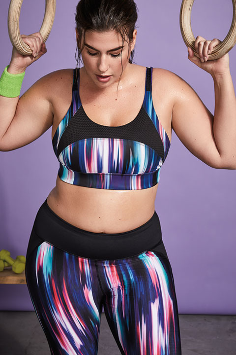 Woman wearing training outfit