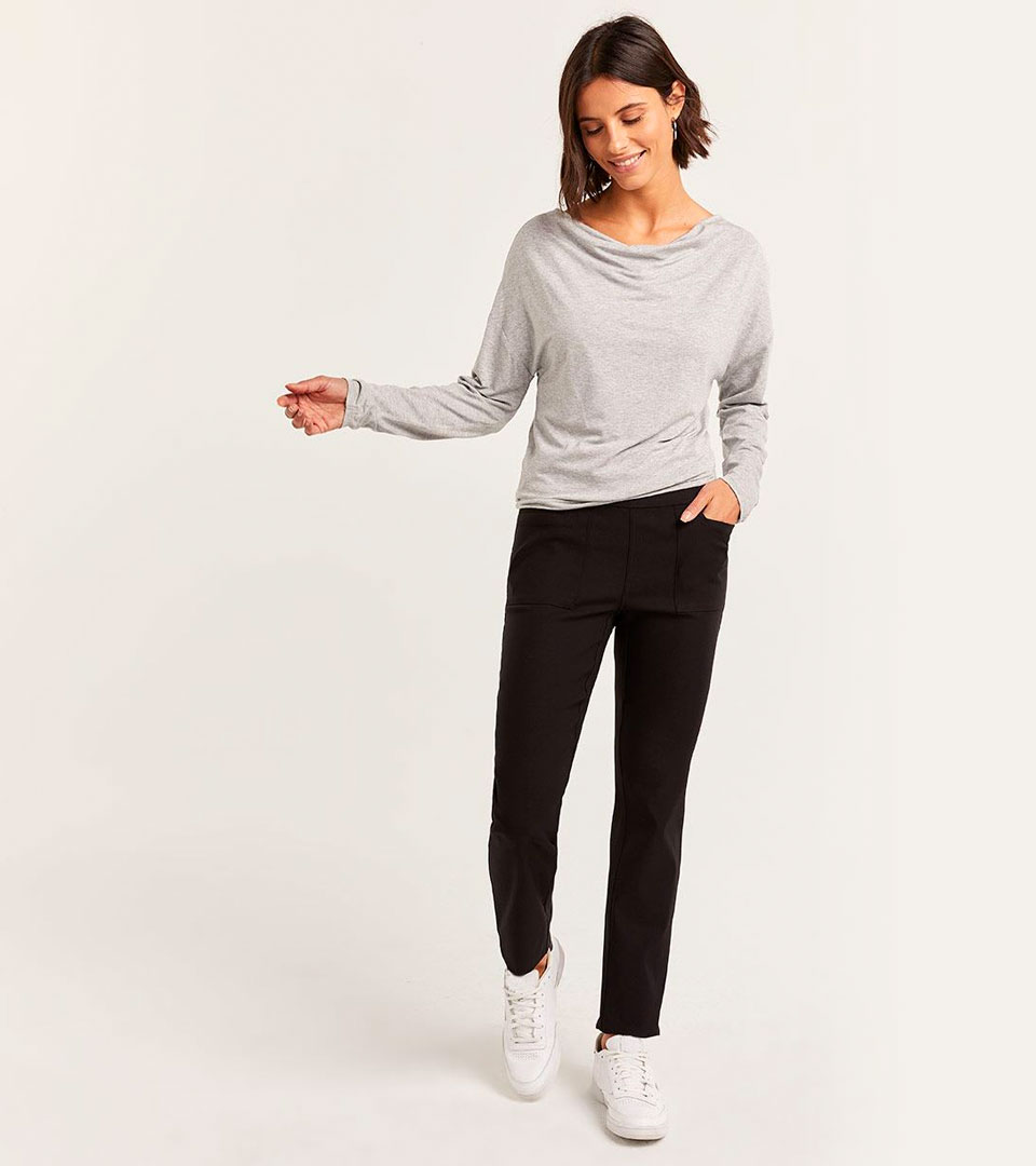 Stay cozy with comfort elastic waistband